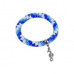 Bransoletka w niebieskiej kolorystyce z zawieszką