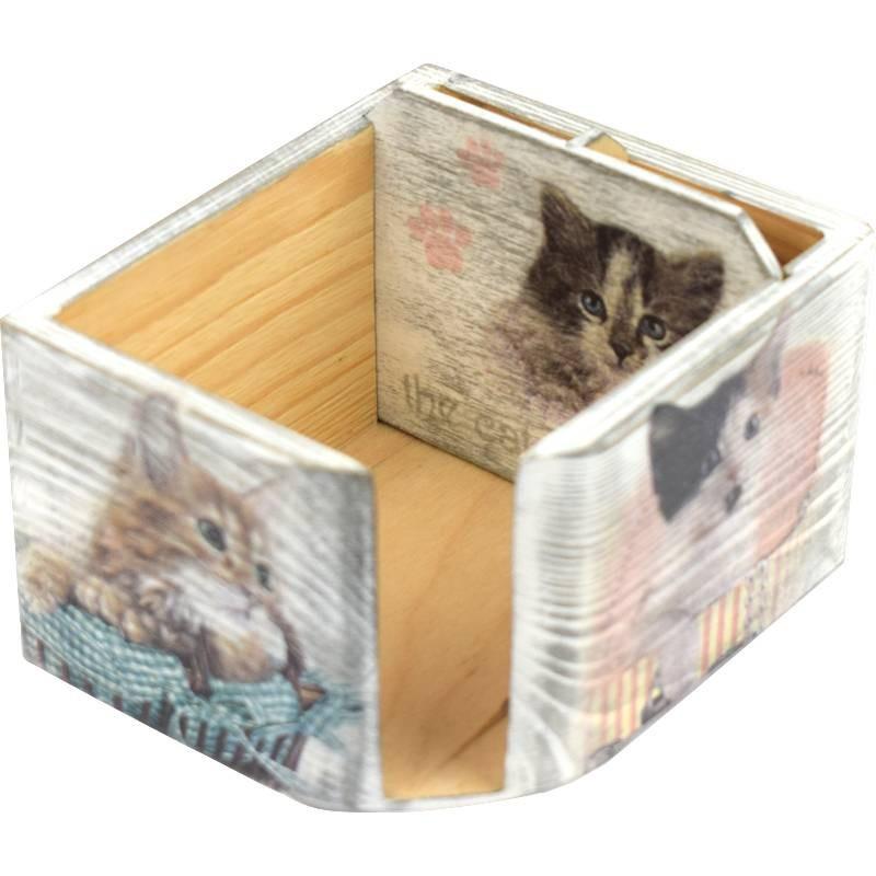 Ozdobny piórnik i pudełko na kartki, wykonana metodą decoupage