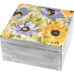 Pudełko na herbatę ozdobione kwiatami
