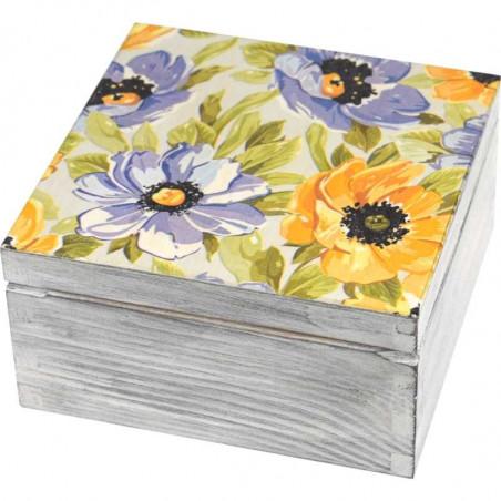 Piękne pudełko na herbatę ozdobione kwiatami