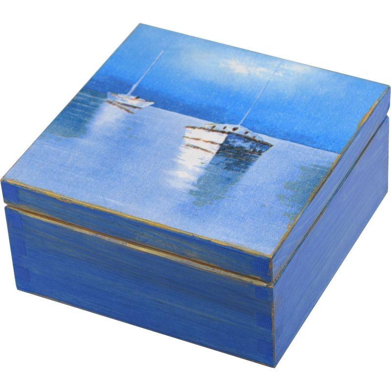 Pięknie niebieskie ozdobione pudełko na herbatę z łodziami